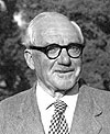 Littlewood (1885 - 1977)